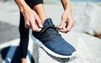 อาดิดาส เปิดตัวรองเท้าอัลตร้าบูสท์ พาร์ลี่ย์ สี Deep Ocean Blue ใหม่ล่าสุด  ผลิตจากขยะขวดพลาสติกจากชายฝั่งทะเล