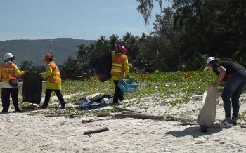 ชาวสมุยรวมพลังเก็บขยะชายหาด หลังไทยติดTOP10ขยะทางทะเลมากที่สุดในโลก
