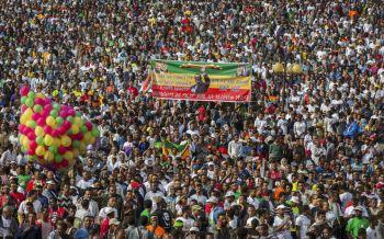 \'เอธิโอเปีย\'ระส่ำ! ระเบิดกลางฝูงชนนับหมื่น งานปราศรัยนายกฯคนใหม่