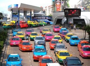 คิดค่าโดยสารตามรถติด  ทางออก'เรียกแท็กซี่ไม่ไป'