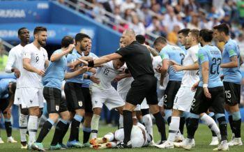 ไฮไลท์บอลโลก : ฝรั่งเศสไล่ถลุงดับซ่าส์อุรุกวัย2-0 ลิ่วตัดเชือกบอลโลก