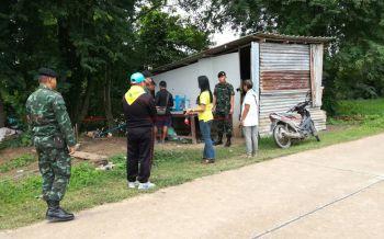 หลายหน่วยงานช่วยสร้างห้องน้ำ-ต่อไฟฟ้าให้น้องเบส-คุณแม่ พร้อมเตรียมซ่อมแซมบ้าน