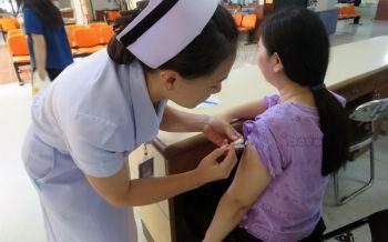 ห่วงใยผู้สูงอายุ! แนะฉีดวัคซีนไข้หวัดใหญ่ป้องกันโรคแทรกซ้อน