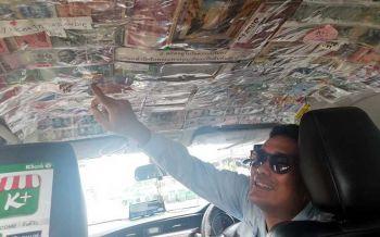 โอ้โหเงินทั้งนั้น! หนุ่มใหญ่ขับแท็กซี่บริการถูกใจนักท่องเที่ยวต่างชาติควักทิปให้ติดเต็มรถ