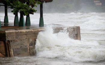 เตือนพายุถล่ม  โซนร้อน'เซินติญ'เข้าไทย  ระวังน้ำท่วม19-21กรกฎา
