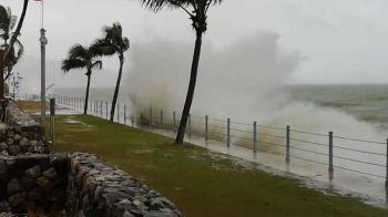 ทะเลอันดามันลมแรงคลื่นสูง2-3เมตร \'พังงา\'เตือนนทท.ห้ามลงเล่นน้ำ