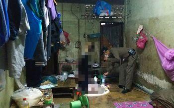 หนุ่มพม่าเครียดอยากกลับบ้านแต่บ้านน้ำท่วม คว้าสายไฟผูกคอดับ