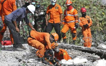 อินโดฯสูญเสียหนัก ยอดเหยื่อแผ่นดินไหวแตะ 347 ศพ คาดยังพุ่งต่อเนื่อง
