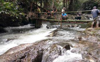 อช.แก่งกระจานเร่งปรับภูมิทัศน์รอบพื้นที่น้ำตกป่าละอู เปิดให้ ปชช.เที่ยวฟรี 12 สิงหา
