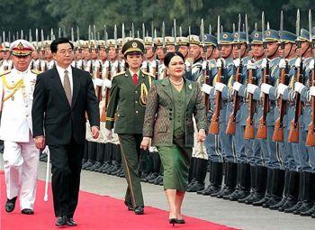 สมเด็จพระนางเจ้าฯ พระบรมราชินีนาถ ในรัชกาลที่ 9  พระราชปรีชาญาณสานสัมพันธ์ไทย-จีน