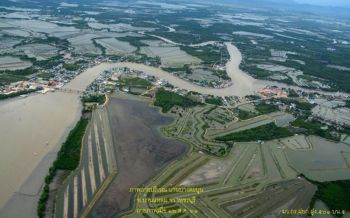 เปิดภาพถ่ายทางอากาศสถานการณ์น้ำท่วม5อำเภอเพชรบุรี
