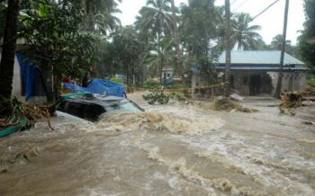 น้ำท่วมภาคใต้อินเดีย  ตายพุ่งเป็น 324 คน  นายกฯบินลงพื้นที่