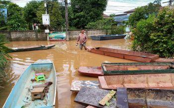 ผู้ว่าฯน่าน สั่งช่วยปชช.ประสบภัยน้ำท่วมอย่างเต็มที่จนเข้าสู่ภาวะปกติ