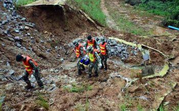 \'ภูหินร่องกล้า\' หวั่นนักท่องเที่ยวประสบเหตุจัดซ้อมแผนการกู้ชีพกู้ภัย