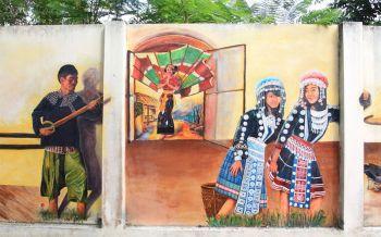 เก๋ไก๋ไม่ซ้ำใคร! \'สตรีทอาร์ต@เชียงของ\'แสดงวิถีชีวิต-วัฒนธรรมบนกำแพงย่านเมืองเก่า