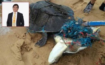 สุดเศร้า! 'ธรณ์' โพสต์วิกฤติขยะทะเลทำพิษหลังพบเต่าเกยตื้นตายเพิ่ม3ตัวในวันเดียว วอนคนลดใช้พลาสติก